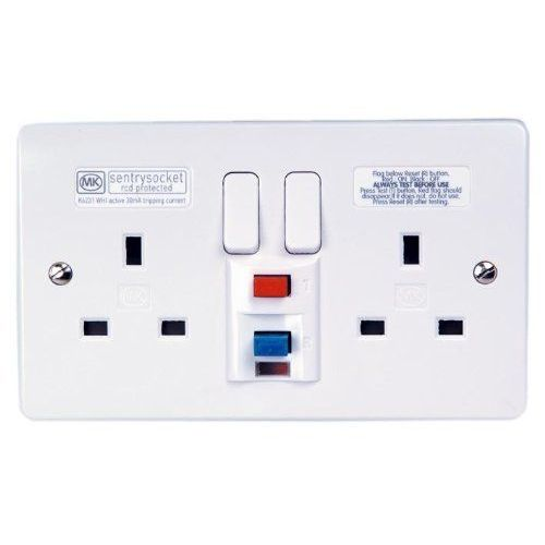 MK K6231WHI White Moulded Sentry Socket 2 Gang Non-Latching (Active) RCD  Socket With Manual Reset &